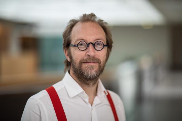 Dr Lars Jansen