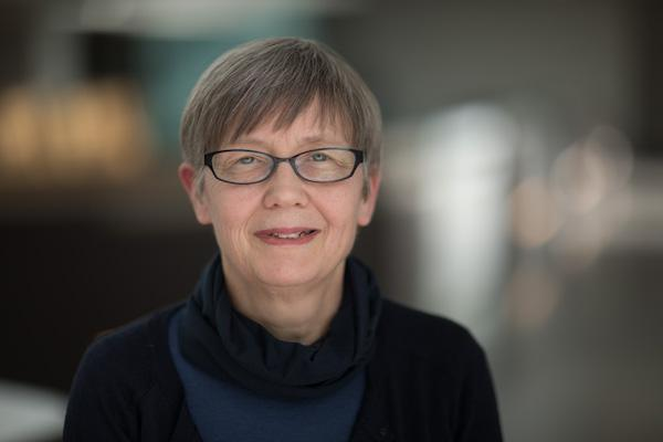 Associate Prof Catherine Pears
