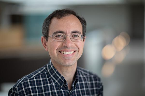 Associate Prof John Vakonakis