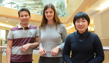 Best Poster Prize Winners (L-R) Irsyad Khairil Anuar, Lisa Rodermund and Shanlin Rao