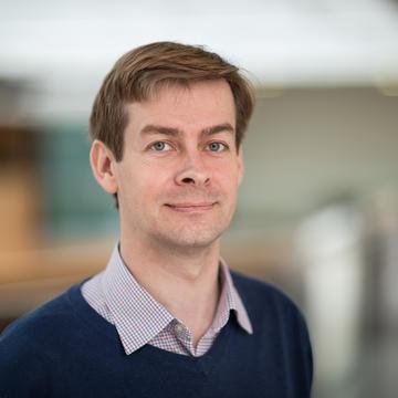 Dr Paul Elliott